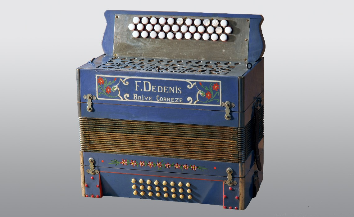 Accordéon chromatique Dedenis, 1921.